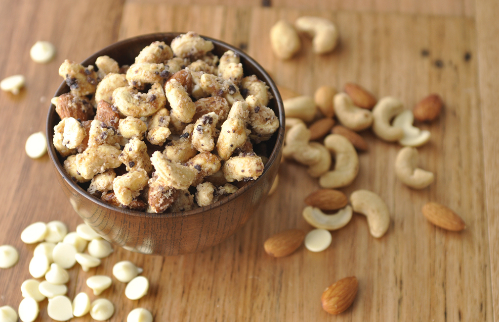 White Chocolate Sprouted Nut Blend
